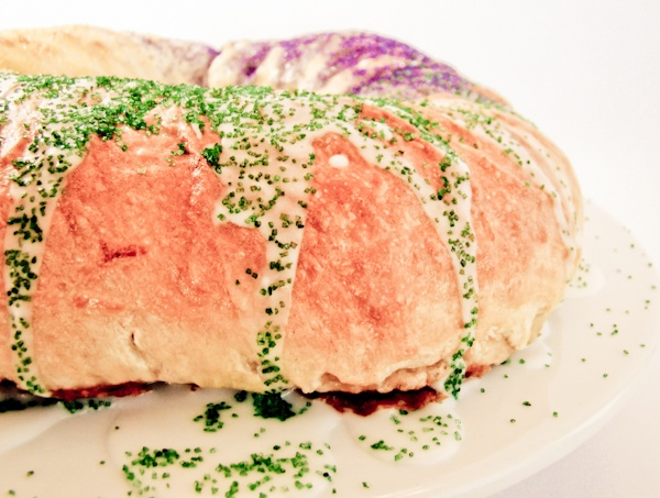 holidays & recipes: mardi gras king cake recipe