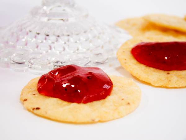 appetizers & recipes: diamonds and pomegranate champagne jelly