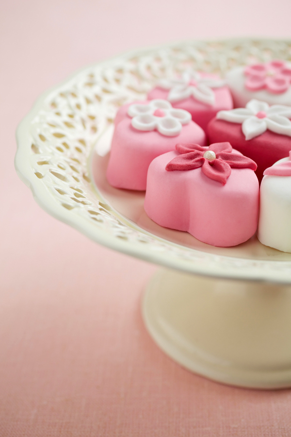 easy desserts & recipes: cherry blossom extract giveaway (sakura) petit fours
