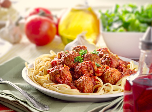 pasta & recipes: avon walk-a-thon and a spaghetti dinner with cupcakes and photography tips