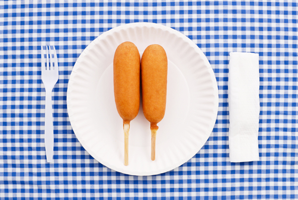 appetizers & recipes: cain of cain's arcade with corn dogs by alton brown and lemonade